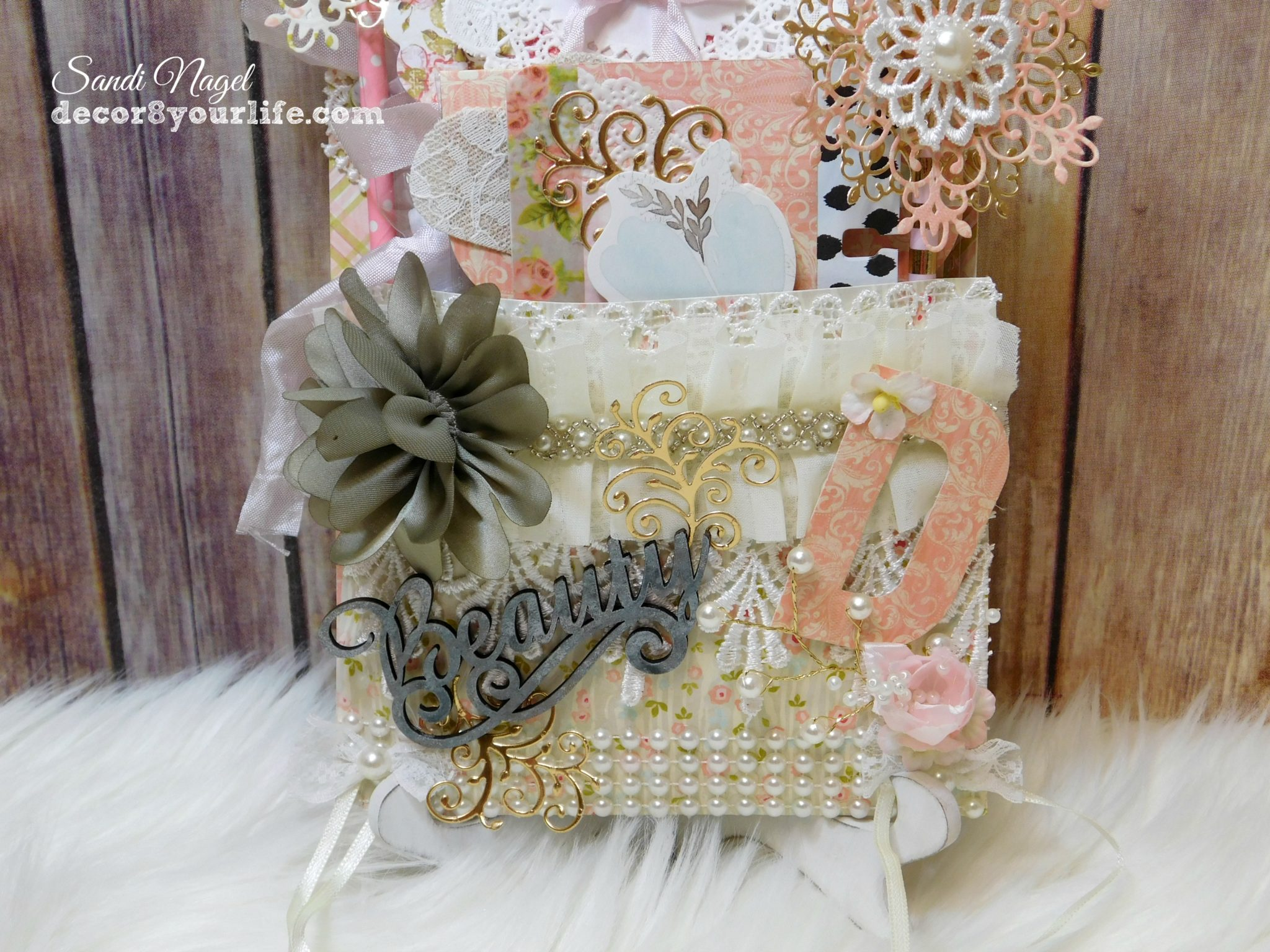Shabby Chic Loaded Pocket Tutorial