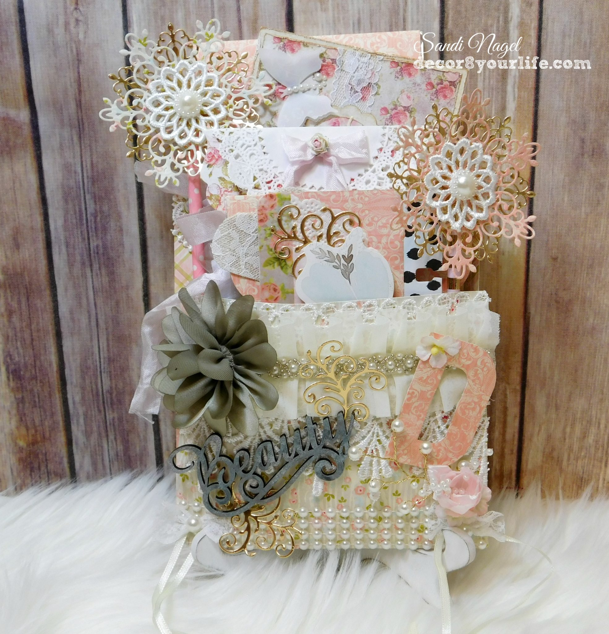 Shabby Chic Loaded Pocket