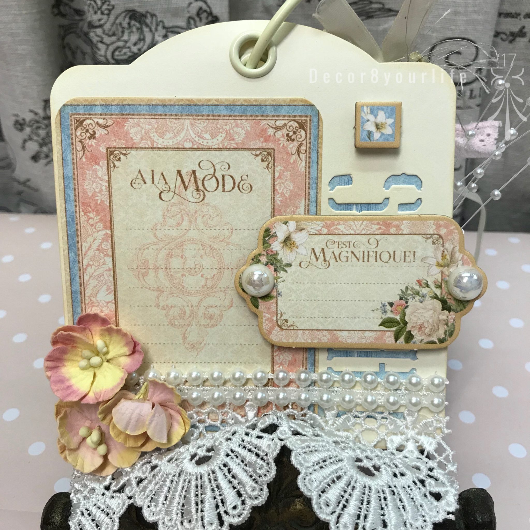 how to make a shabby chic lace mini album