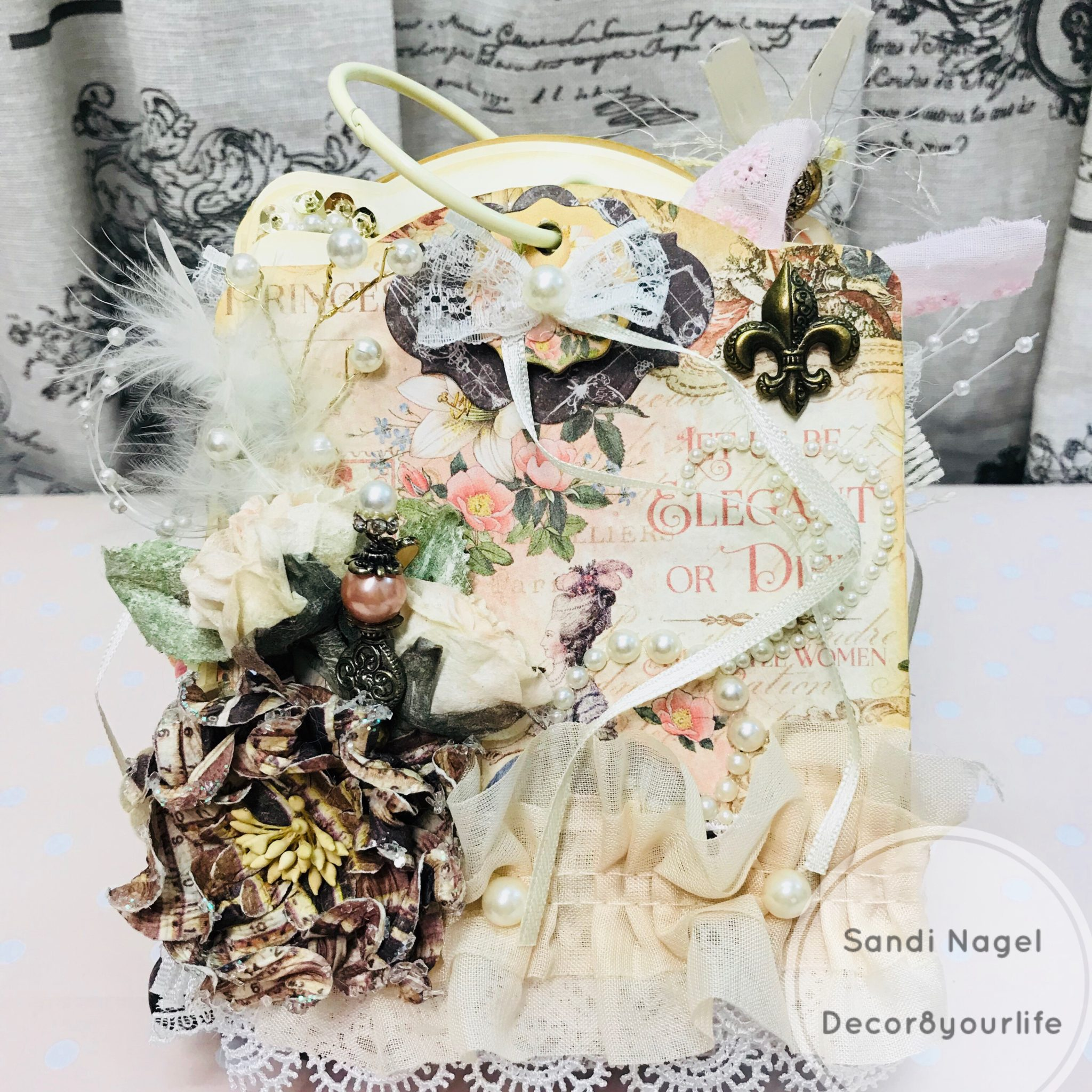 shabby chic tag mini album