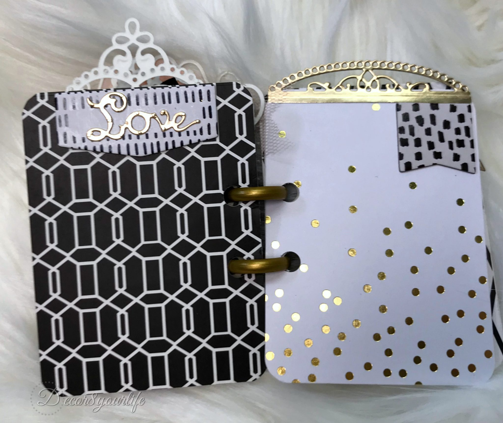 http://www.decor8yourlife.com/wp-content/uploads/2018/05/mini-album-tutorial-5.jpg