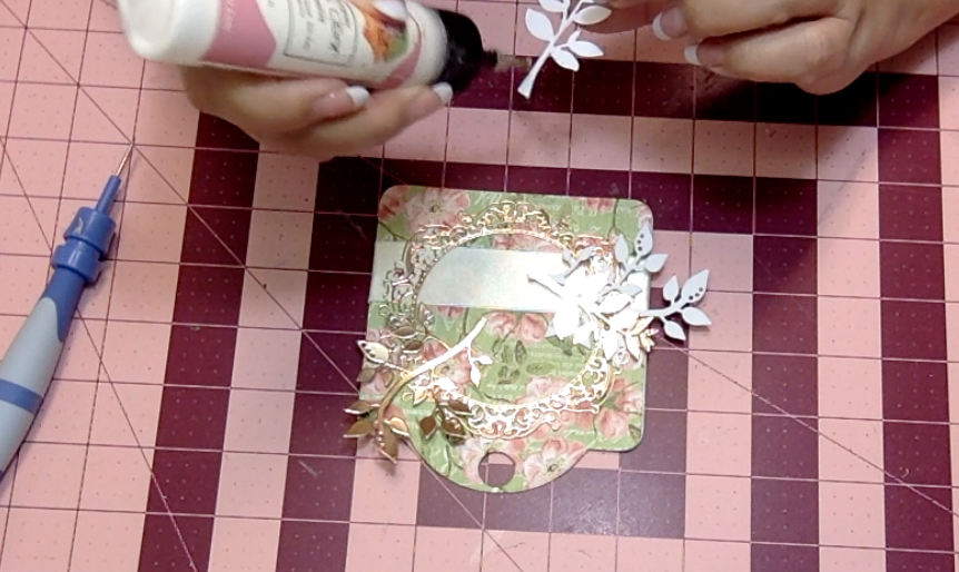 How to embellish a greeting card