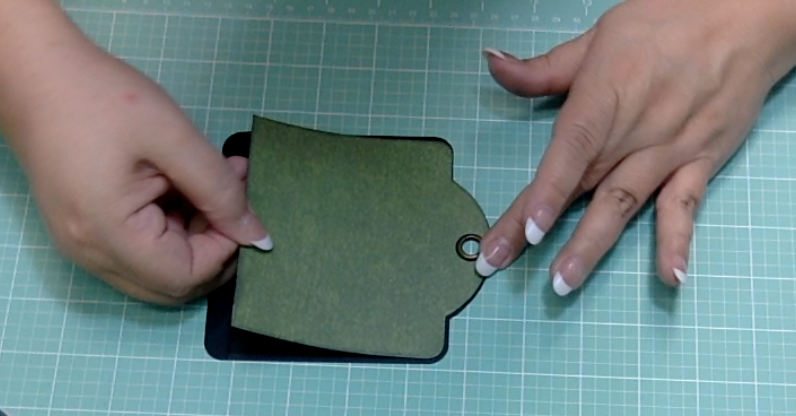 Graphic 45 Square Tag Die